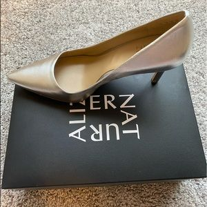 Naturalizer Silver Pointy Toe Pumps